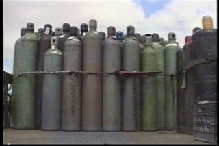 COMPRESSED GAS CYLINDERS - HANDLING AND STORAGE - 10 Min